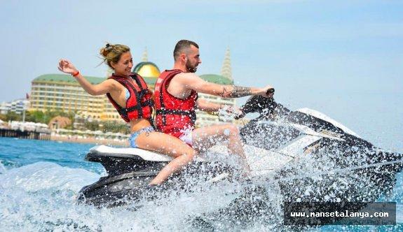 İşte son 6 günde Antalya'ya gelen Rus ve Alman turist sayısı