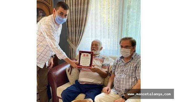 MHP'yi üzen ölüm haberi!