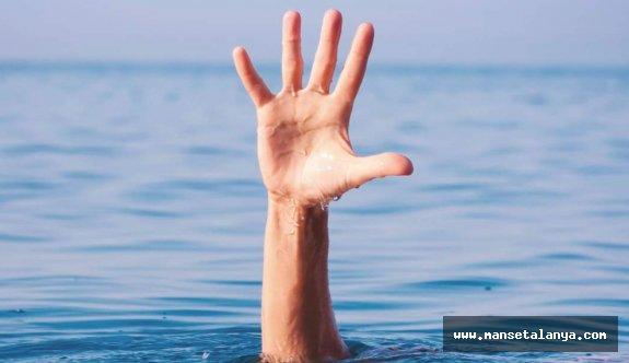 Alanya'da boğulma tehlikesi geçiren Rus turist 5 gün sonra öldü
