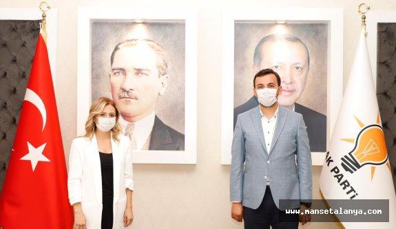 Cansevdi AK Parti'ye üye oldu