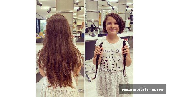 """Küçük Özgeden """"Saçım saçım olsun""""kampanyası"""