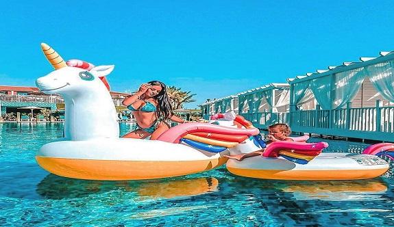 Antalya'ya bir haftada 1206 uçuşla 250 bin turist geldi