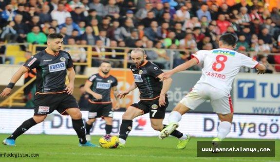 Ertelenen Göztepespor-Alanyaspor maçı tarihi belli oldu