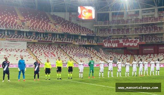 Ligin tek namağlup takımı Alanyaspor!