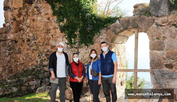 Kaymakam Ürkmezer Syedra antik kentini gezdi