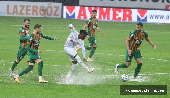 Maça yağmur engeli!.