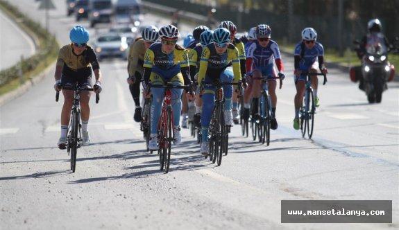 120 sporcuyla bisiklet yarışı