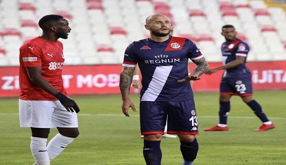 Alanyaspor'un rakibi Antalyaspor oldu