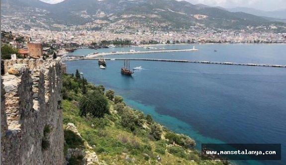 Antalya'daki 120 otelin kaderi Rusya'da Coral'ın elinde