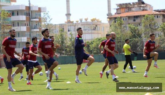 Alanyasporda gözler Fenerbahçe maçında