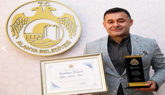 Başkan Yücel'in mutfak kültür evi projesine büyük ödül