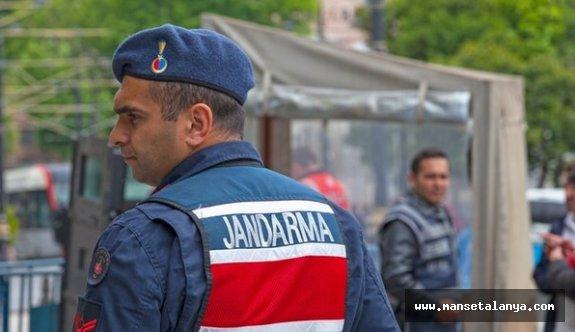 Jandarmadan Alanya'da yasa dışı bahiscilere operasyon!