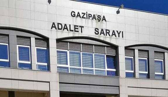 Korona Gazipaşa Adliyesine sıçradı: 5 mahkeme kapatıldı!