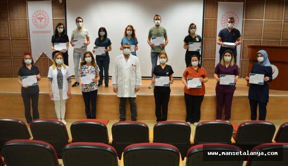 Yoğun bakım hemşireliği eğitimleri sona erdi