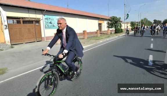 Turizm Bakanı Ersoy: Çok hızlı yükseleceğiz merak etmeyin!