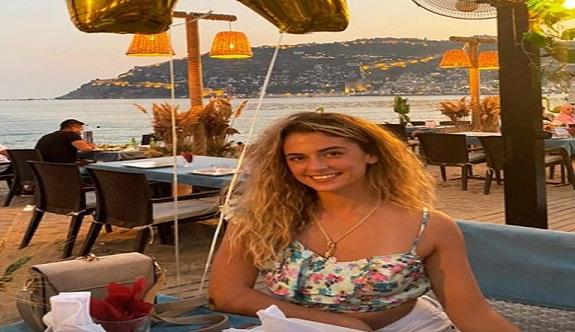 Survivor Aleyna Alanya'da doğum günü kutladı