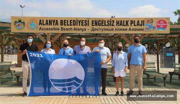Alanya'nın ilk engelsiz halk plajına mavi bayrak