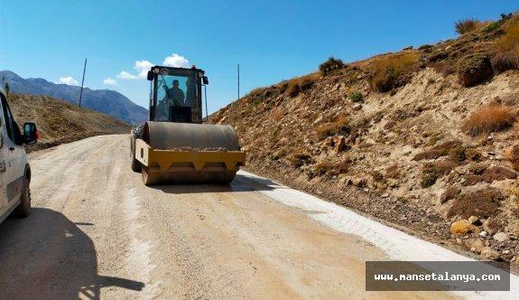 Başkan Yücel'den yayla yollarına asfalt müjdesi