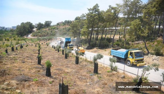 Başkan Yücel'in söz verdiği 70 km'lik asfalta Okurcalar'dan başlandı