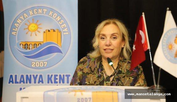 Kent konseyinde Nurhan Özcan'a güven oyu!