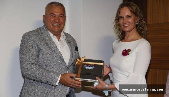 Başkan Şahin, Litvanyalı girişimci kadınları ağırladı!