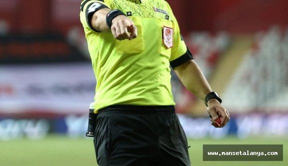 İşte Alanyaspor-Giresunspor maçının hakemi