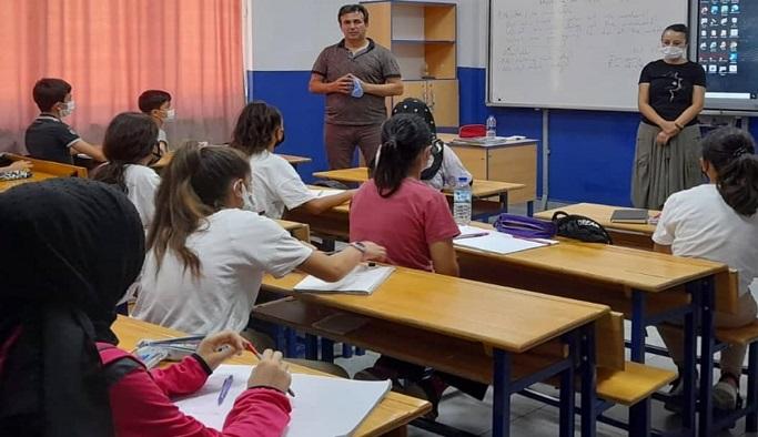 Alanya'da Suriyeli 328 öğrenci bulunuyor