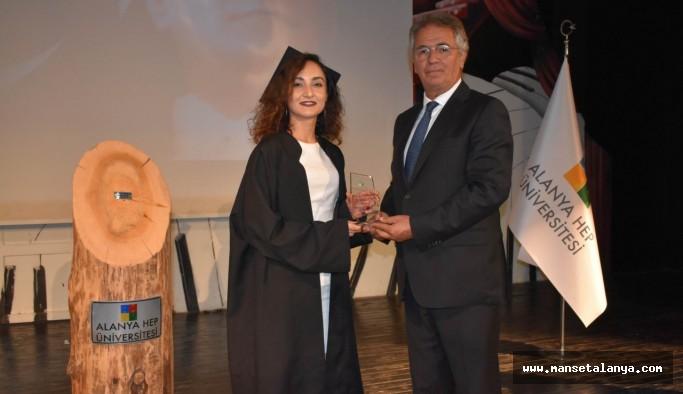 Alanya HEP üniversitesi mezun verdi!