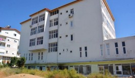 Gazipaşa'da FETÖ elabaşının kitapları yandı