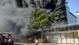 Gazipaşa'da kuruyemiş dükkanı yandı