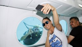 Niran Ünsal'ın Alanya'da denizaltı keyfi