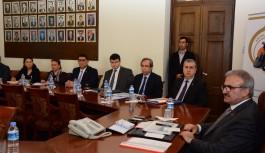 Antalya valisinden okul servisleriyle ilgili açıklama