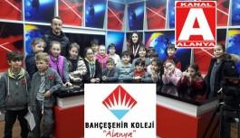 Bahçeşehirliler, Kanal A'da televizyonculuğu öğrendi