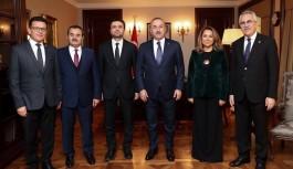 Çavuşoğlu, Antalya milletvekillerini ağırladı