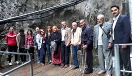 Alanya belediyesi yaşlıları unutmadı