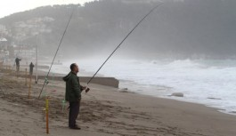 Alanya'da dalgaya karşı...!