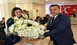 Başkan, dünya kadın gününü kutladı