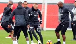 Beşiktaş'ta Alanyaspor maçı hazırlıkları devam ediyor