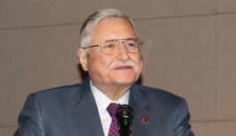 Türk siyasetinin renkli ismiydi
