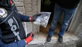 Adana'dan Alanya'ya uyuşturucu sevkiyatı