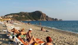 Alanya'da deniz sezonu açıldı