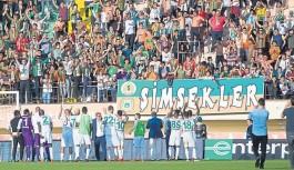 Alanyaspor ve Antalyaspor'da bahar havası