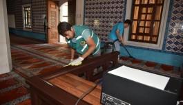 Ramazan öncesi camilerde temizlik