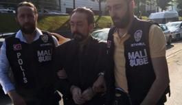 Adnan Oktar Gözaltına Alındı, Korumaları Polise Direndi