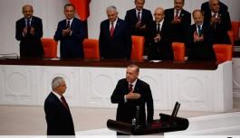 Türkiye'nin ilk Başkan'ı yemin etti