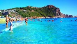 """Yabancı Her 10 Turistten Biri Alanya'ya Geliyor"""""""