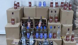 Alanya'da bir depo çok sayıda kaçak ve sahte içki ele geçirildi