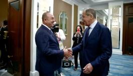Lavrov ve Çavuşoğlu Singapur'da bir araya geldi