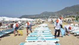 Alanya sahillerinde çevre temizliği