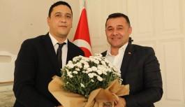 Müdür Avcı, Atatürk'ün sevdiği çiçekler geldi